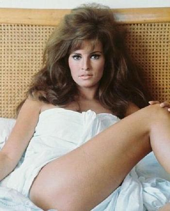 Movies_raquel_welch002