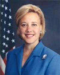Yuhu_mary_landrieu_official_portrait1